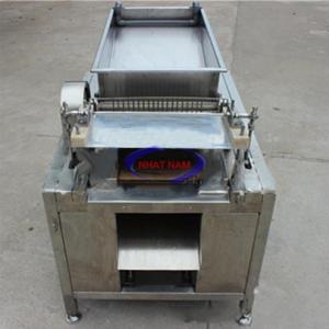 Máy bóc vỏ trứng chim cút 100kg/h (NNBV-A03)giúp các nhà kinh doanh tăng năng sản xuất, tiết kiệm được thời gian và nhân công trong quá trình sản xuất.