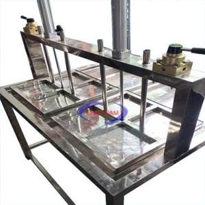 Máy ép đậu nén khí (NNTP-M17)với thân máy làm bằng inox không gỉ, dùng cho các hộ gia đình và các xí nghiệp nhỏ chuyên làm đậu. Máy được thiết kết gọn dể sử dụng cho khách hàng.
