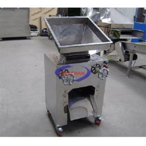Máy xay bột ướt công nghiệp(NNXB-17)  – Toàn bộ máy hoàn toàn bằng inox 304  – Thành phẩm rất nhuyễn, dẻo, có thể chế biến ngay  – Đặt hàng theo yêu cầu, tùy năng suất người sử dụng
