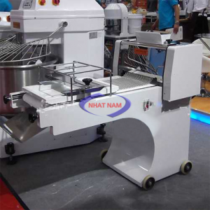 Máy cán bột định hình SouthStar CG-38 (NNCB-A10)  – Các loại máy cán bột của Công Ty Nhật nam máy cán bột 2 chiều – máy cán bột 1 chiều – máy cán bột định hình -máy cán bột làm đế pizza – máy cán bột gia đình – máy cán mì sợi