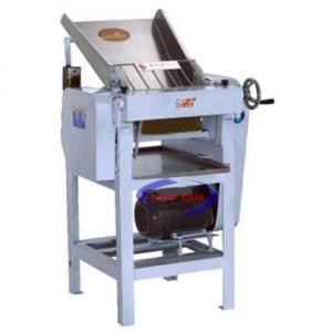 Máy cán bột YQ-130 (NNCB-A23)  – Máy cán bột một chiều phù hợp với các cửa hàng bán bánh lớn, các siêu thị, các gian bếp nhà hàng, khách sạn cần cung cấp một lượng bánh vừa phải trong thời gian ngắn…