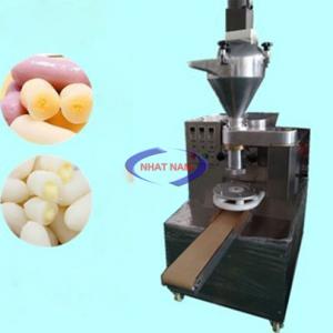 Máy làm bánh gạo Hàn Quốc có nhân (NNVB-09)sử dụng công nghệ tiến tiến của các nước phát triển. Từng chi tiết máy được thiết kế tỉ mỉ với chất liệu tốt nhất
