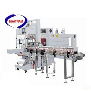 Máy co màng log chai tự động không khay (NNCM-A20)là một loại máy đóng gói mới có khả năng hoạt động hiệu quả và liên tục và được thiết kế trên cơ sở tính chất co ngót nhiệt của bao bì