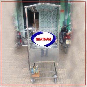 Xe quay vịt 2 tầng 4 xiên inox (NNXQV-A07) là sản phẩm chuyên sử dụng để quay vịt đường phố của Việt Nam, đang được ưa chuộng hiện nay.