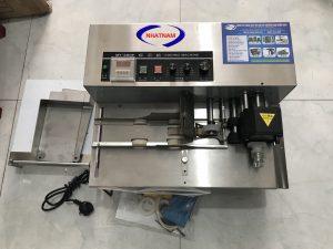 Máy in date tự động MY-380 (NNID-07)Máy in trên dạng tem nhãn, giấy decal tốc độ nhanh, máy có thể tự động dải tem theo dạng máy đếm tiền.