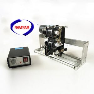 Máy in date lắp trên máy đóng gói (NNID-06)là loại máy được lắp trên hệ thống máy đóng gói nằm ngang để in ngày sản xuất, hạn sử dụng, hay số lô, số trọng lượng,..