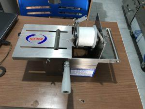 Máy buộc chỉ xúc xích quay tay (NNXX-B02) giá rẻ - chất lượng cao !