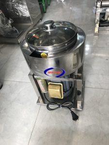 Máy xay giò chả 1,1kw khung hộp inox (NNXT-A20)Là một trong những thiết bị quan trọng được thiết kế tối ưu về chế biến thực phẩm, đảm bảo vệ sinh an toàn thực phẩm khi chế biến.