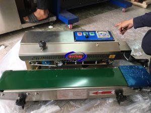 Máy hàn miệng túi thổi khí Nito (NNMH-A39)  – Với tốc độ đóng gói nhanh, thổi khí hoàn toàn tự động, máy có thể đáp ứng được năng suất lớn tại các cơ sở sản xuất bánh kẹo, thực phẩm.