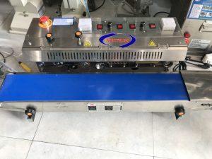 Máy hàn liên tục có in date FR-980 (NNMH-A27)dùng để hàn kín miệng bao các loại bao bì và đồng thời in ngày sản xuất và hạn sử dụng lên bao bì,  Tiết kiệm thời gian, sức lao động, hiệu quả nhanh chóng,