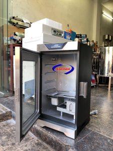 Lò xông khói dùng điện ( NNLXK-08)  – Với giá cả phải chăng, thiết kế tinh tế, hiệu quả tức thời, vệ sinh dễ dàng.Lò xôngkhói thịt dùng được thiết kế với kiểu dáng nhẹ nhàng, tinh tế.