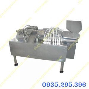 Máy chiết rót hàn ống tiêm 2 đầu (NNDC-D31)chủ yếu sử dụng trong sản xuất đóng gói ống tiêm trong mâm nắp bọt hoặc bản bọt.