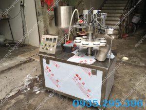 Máy chiết rót tuýp kem tự động 30-200ml (NNDC-D41)  – Máy cóđộ chính xác cao, hoạtđộng trơn tru khi vận hành.
