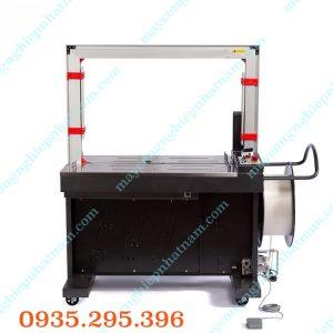 Máy đai thùng tự động (NNĐT-16)vận hành đơn giản và thuận tiện, có thể dùng để đóng được các loại thùng với nhiều kích thước khác nhau.