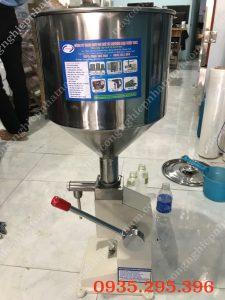 Máy chiết rót mỹ phẩm thủ công A03 (NNDC-D06)  – Bồn chứa nguyên liệu, vòi chiết được làm từ chất liệu Inox, đảm bảo vệ sinh