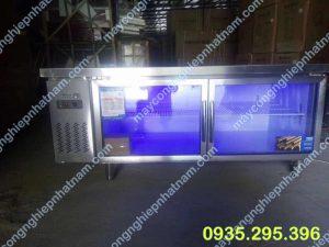 Tủ mát inox 2 cánh 1,8m (NNTP-PC21) là sản phẩm không thể thiếu trong các quán ăn, nhà hàng, khách sạn....