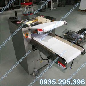 Máy cán bột mì tự động ZD-500 (NNCB - A26) giá rẻ - chất lượng cao - bảo hành chu đáo !