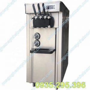 Máy làm kem 2 màu (NNMLK-A15)có năng suất caovà cho thành phẩm là những ly kem có chất lượng ngon tuyệt vời, mát lạnh trong những ngày hè nắng nóng.
