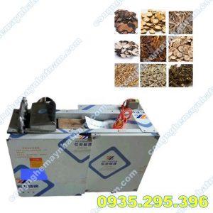 Máy thái dược liệu RY-1000 (NNND-C03)  – Là loại máy chuyên cắt các loại cành, lá, dễ, củ, dược liệu…..  – Máy thái dược liệu được thiết kế chuyên dụng cho cácphòng khám, cơ sở đông y vừa và nhỏ để thái các loại dược liệu như: linh chi, sâm, cam thảo….